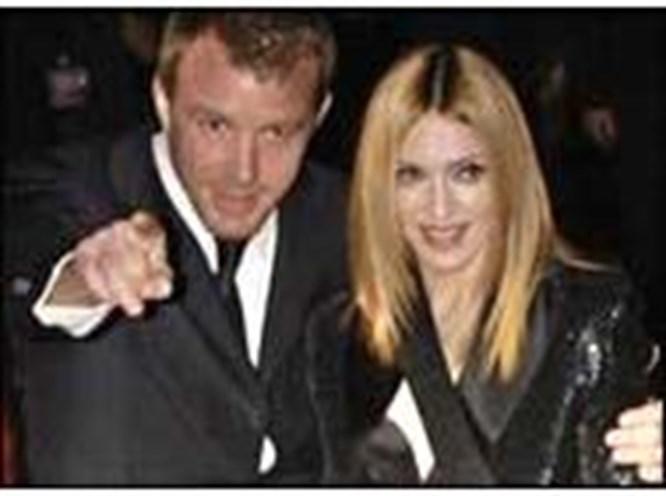 Kocası Madonna'nın adını unuttu